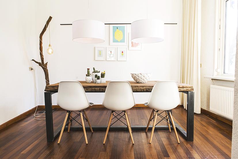 Grote Houten Tafels : Grote houten tafel brouwerijdehogestins