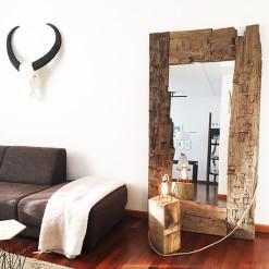 houten staande spiegel