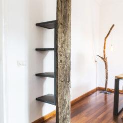 robuuste houten kast